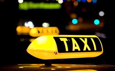 4aabd0b9e9_1305194033-taxi